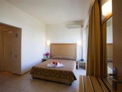 itanos-hotel-inside-01.jpg
